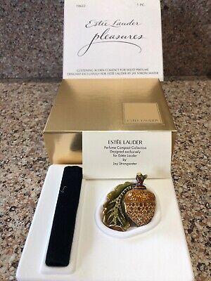 Estee Lauder Pleasures 2002 Glistening Eichel Parfum Compact von Jay Strongwater (Pleasures Von Estee Lauder)