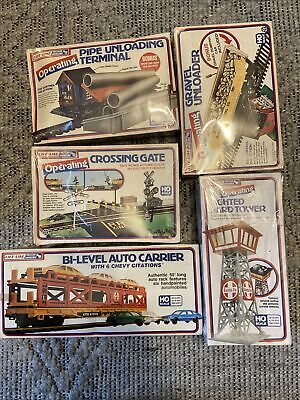 Life Like HO train set - All New In cellophane