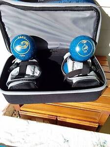 Aero optima lawn bowls and travel bag with eels logo Umina Beach Gosford Area Preview