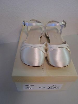 Heel Dyeable Girls Wedding Shoe (David's Bridal Dyeable Shoes Annie Girls Size 10 Low Heel Bling Buckle)