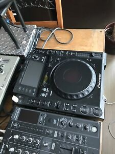 2X CDJ 2000 MULTI- PLAYER FOR SALE!!