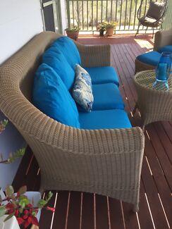 Wicker outdoor lounge
