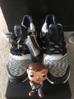 Adidas Ultraboost X Sneakers N Stuff / Social Status