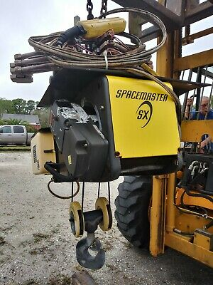 R&M SpaceMaster SX 4 Ton Wire Rope Hoist ( used )