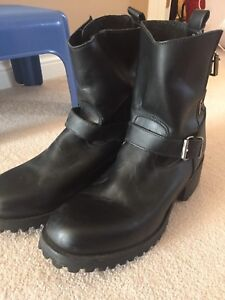 Biker Riding Boots 100% Genuine Leather Brand New.