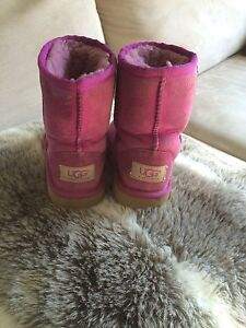 Uggs crocs Nike girls shoes SZ 11