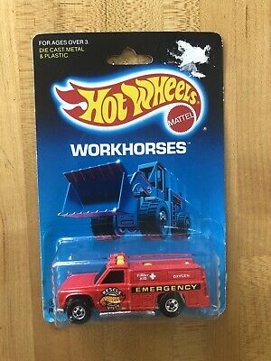Hot Wheels Workhorses Rescue Ranger 54 Cat Bulldozer 1172 Tractor 145 MOC Lot