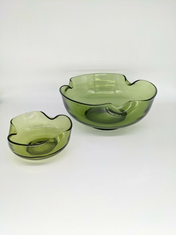 Vintage Anchor Hocking Avocado Green Scalloped Chip and Dip Bowls Mid Century
