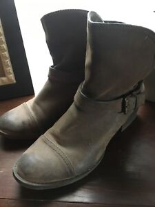 Weathered look suede boots