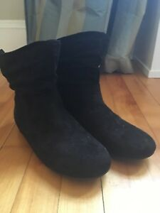 Girls faux suede ankle boots size 4