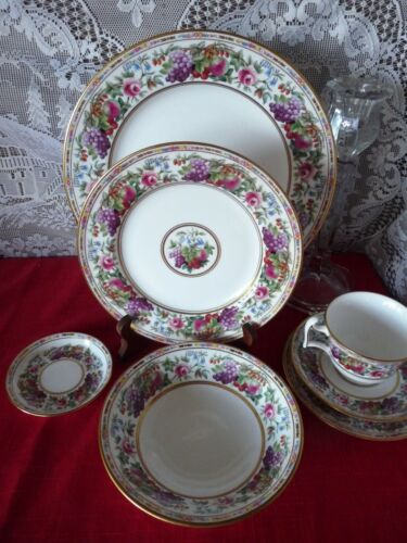 "SPODE, England PROVENCE ""Fruit Rim"" Pattern Y8599 - 7pc DINNERWARE PLACE SET"