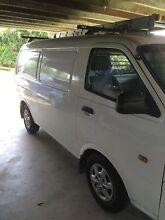 2002 Kia Pregio van Cannonvale Whitsundays Area Preview