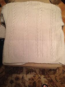 Irish cable knit wool sweater Peterborough Peterborough Area image 4