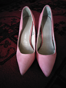 Baby pink stilettos South Perth South Perth Area Preview