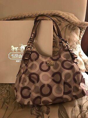 coach handbags used shoulderbag modern C. Burgundy and grey C's
