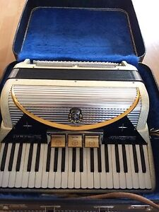 Settimio Seprani Accordion $300 obo