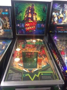 Haunted house pinball arcadee