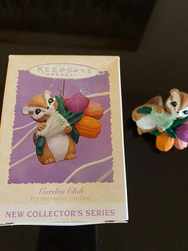 Hallmark Keepsake Ornament 1995 Garden Club Series QEO8209 Collectible!