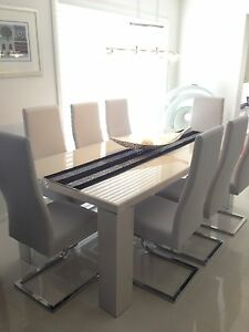 8 piece dinning suite Cameron Park Lake Macquarie Area Preview