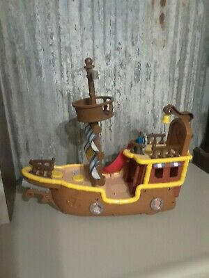 Fischer-Price Little People Toy Pirate Ship.