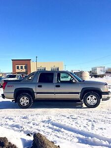 2003 Chevrolet Avalanche Z71 4X4 - TRADE OR SELL
