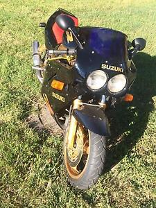 ***STOLEN*** 1988 Suzuki GSX-R750J Woodend Macedon Ranges Preview