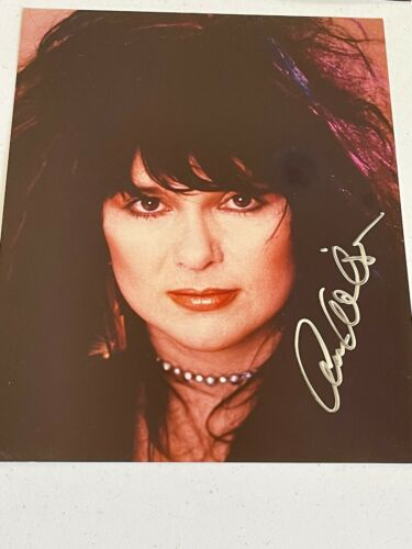 ANN WILSON HEART ORIGINAL HAND SIGNED AUTOGRAPH #1 PHOTO PHOTOGRAPH