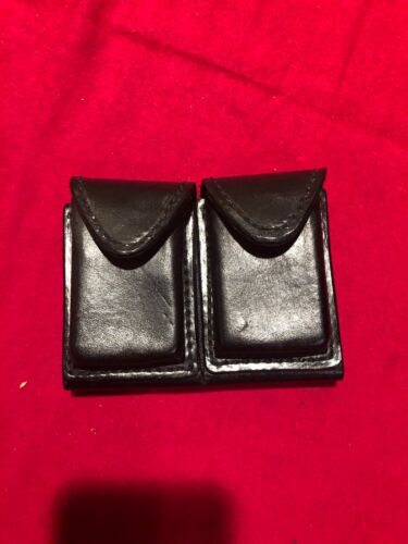 Smith and Wesson Brand Cartridge Dump Pouch 38/357