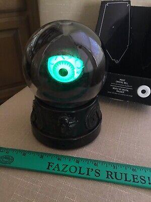 HALLOWEEN Animated Magic Crystal Green Eyeball ~ Talks ~Lights Up ~ New