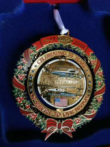 (1) HMX-1 Marine Helicopter Squadron One 1947- 2002 Christmas Ornament  X009