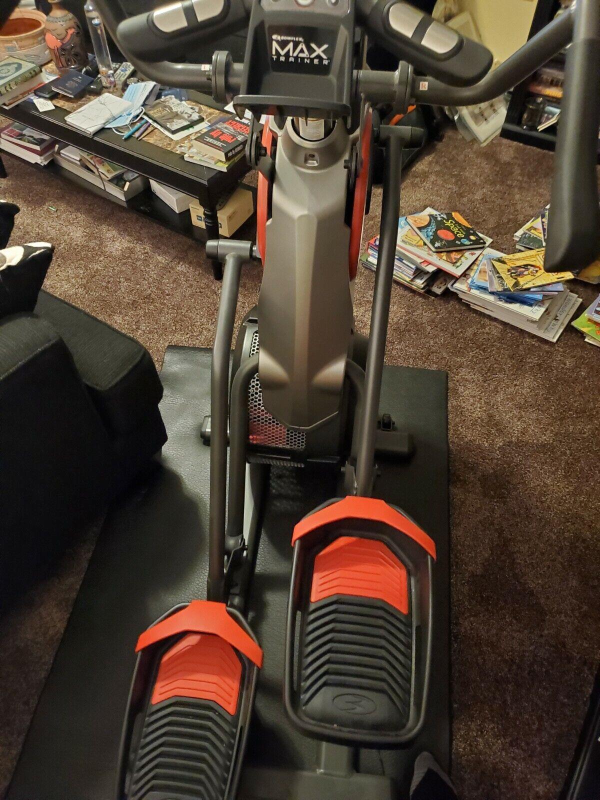 Bowflex Max Trainer M5 Elliptical Machine. Excellent condi