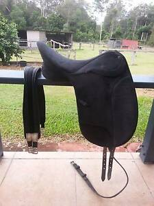 2 x Wintec Saddles - (Jumping and Dressage saddles) Cornubia Logan Area Preview