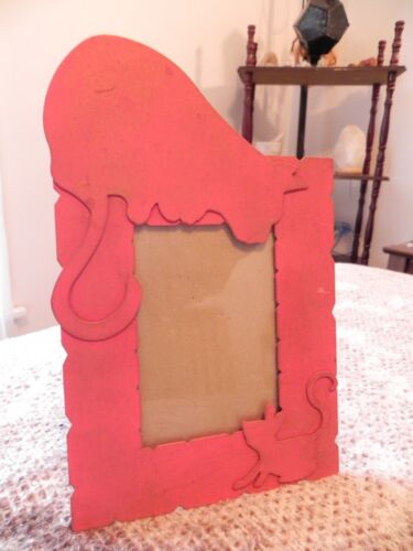 """Vintage Metal Cat and Mouse 3.5"""" x 5"""" Red Photo Frame"""