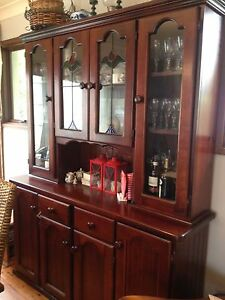 Jarrah stain beautiful dresser with stained glass Lilli Pilli Sutherland Area Preview