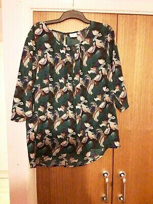 Ladies Top Size 20 Junarose