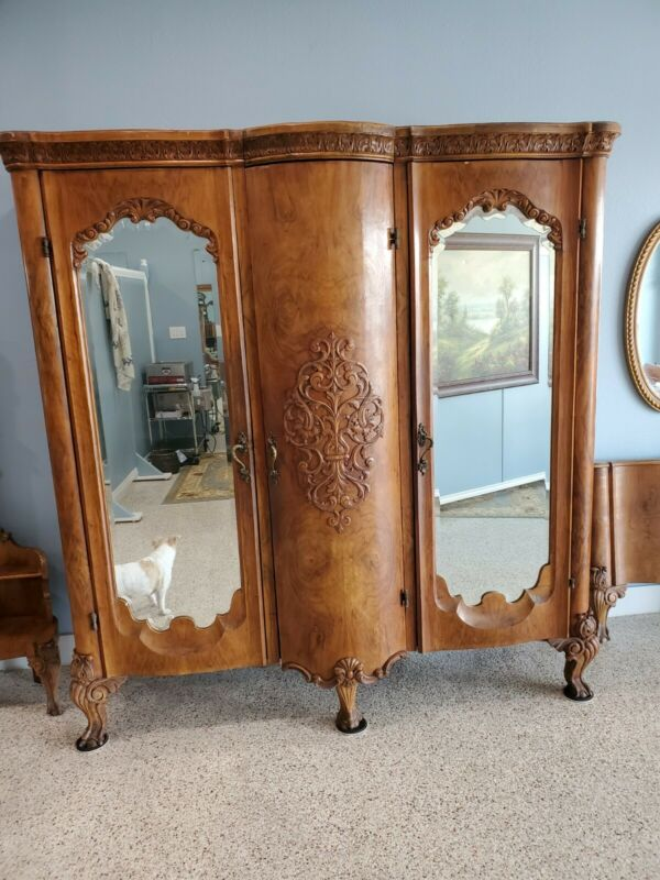 Fantastic 6 Piece Antique IMPORTED FROM ITALY Walnut QUEEN Bedroom Set