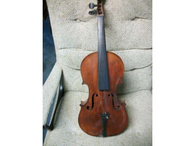 """Old French Violin """"Celebre Vosgien"""""""