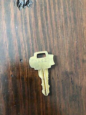 Oak 2 Vending Machine Key for Peanut Gumball machine Acorn Northwestern Capsule