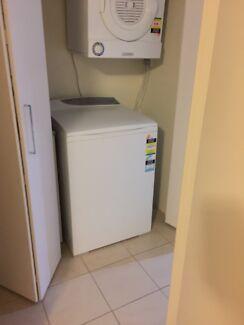 Fisher & Paykell washing machine