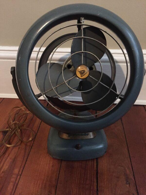 Vintage Vornado Fan Mid-Century Modern A20C1 Works! 2 Speeds
