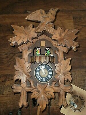 Vintage Lardo German Wood Cuckoo Clock Swiss Musical Dr. Zhivago Edelweiss