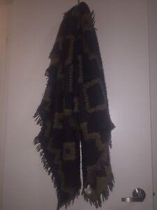 Aritzia Wilfred large blanket scarf