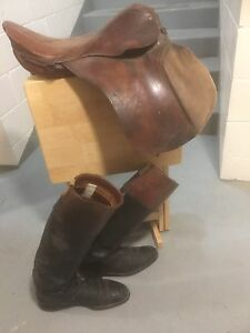 Old English riding style saddle and riding boots
