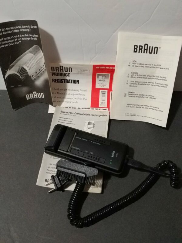 Braun Flex Control 4501 rechargable electric razor-w/accessories-for parts only
