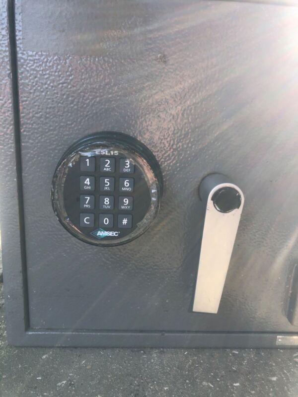 SAFE. Commercial drop safe. AMSEC, Used. With new ESL15 keypad.