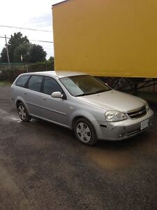 2005 Chevy optra wagon- LOW KMS