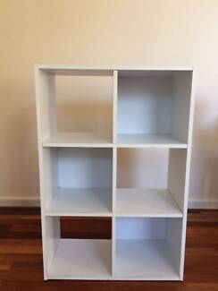 Shoe Cabinet / Library / Adptable Furniture