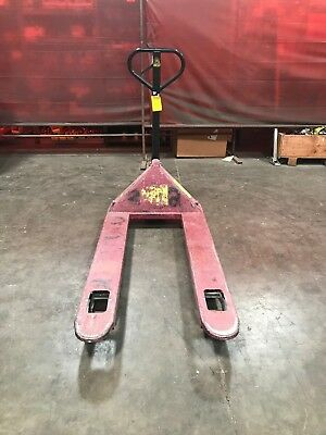 Northern Industrial Pallet Jack - Capacity 5000 Lbs