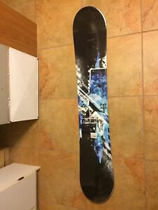 Snowboard never used