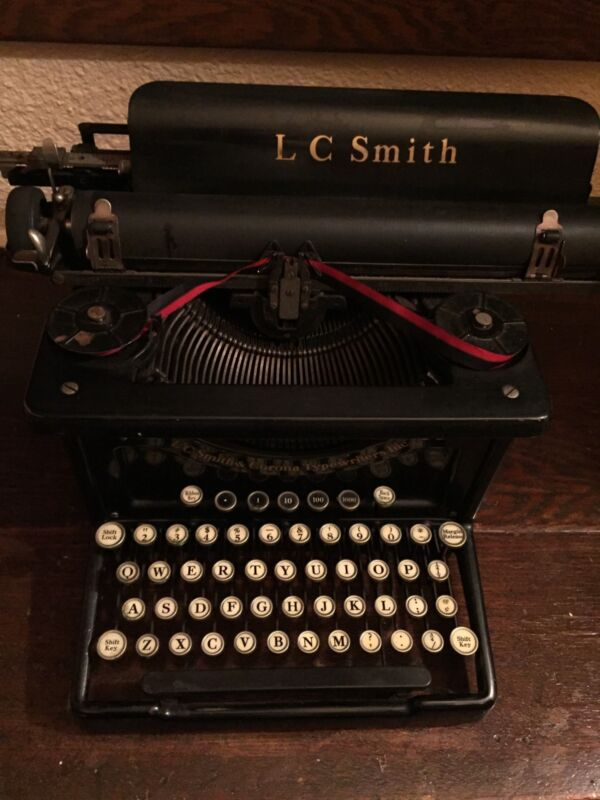 8 LC Smith Corona Typewriters Inc 14 In